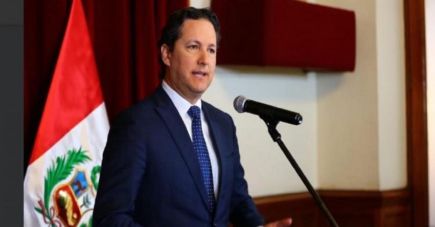 Presidente del Congreso, Daniel Salaverry, anunció su renuncia a la bancada de Fuerza Popular