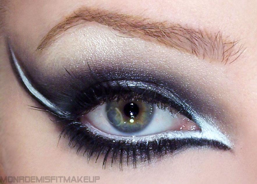 Rock eye makeup