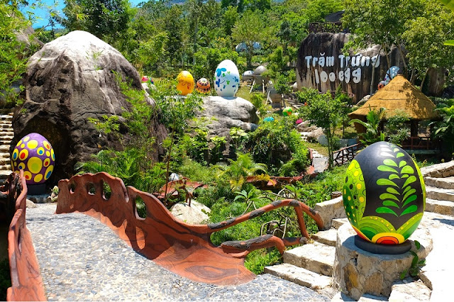 Hello Summer promotion at 100 Egg Theme Park