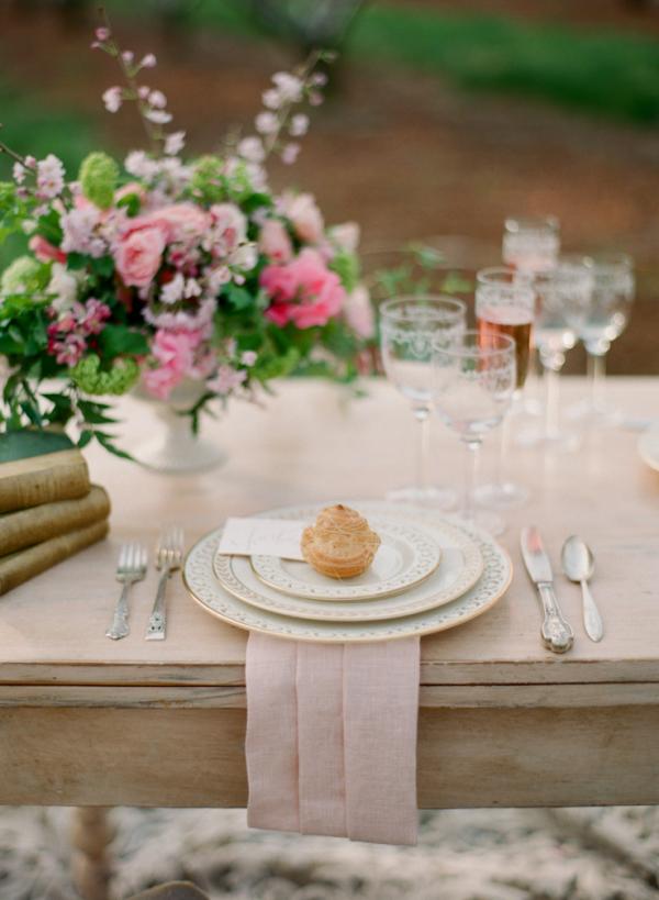 Ślub wiosną, Inspiracje na ślub wiosną, Wiosenny ślub i wesele, Wesele na wiosnę, Ślub i wesele w maju, Majówka, Organizacja ślubu na wiosnę, Wiosenna stylizacja ślubu, Dekoracje ślubne na wiosnę