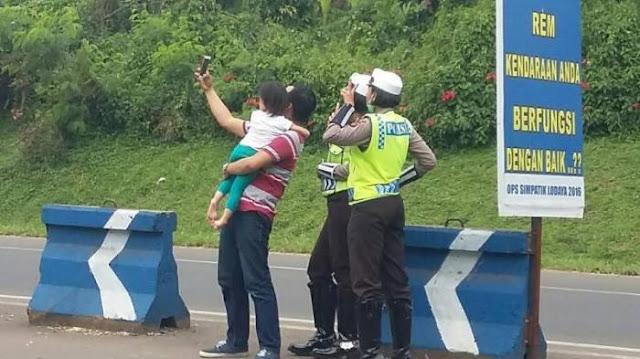 Siapa Sangka Ternyata Ini Adalah Foto-foto Selfie Mereka Sebelum Ajal Menjemput