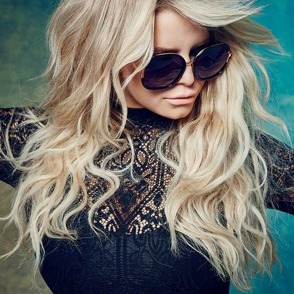 Jessica Simpson wedding, height, weight, family, bio, makeup, shoes, boots, clothing line collection, dresses, zapatos, dukes of hazzard, hair, daisy duke, movies, style, albums, nick, interview, 2009, divorce, diet, photoshoot, singing