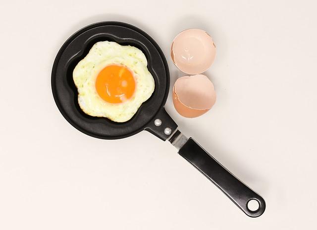 cara memasak telur mata sapi
