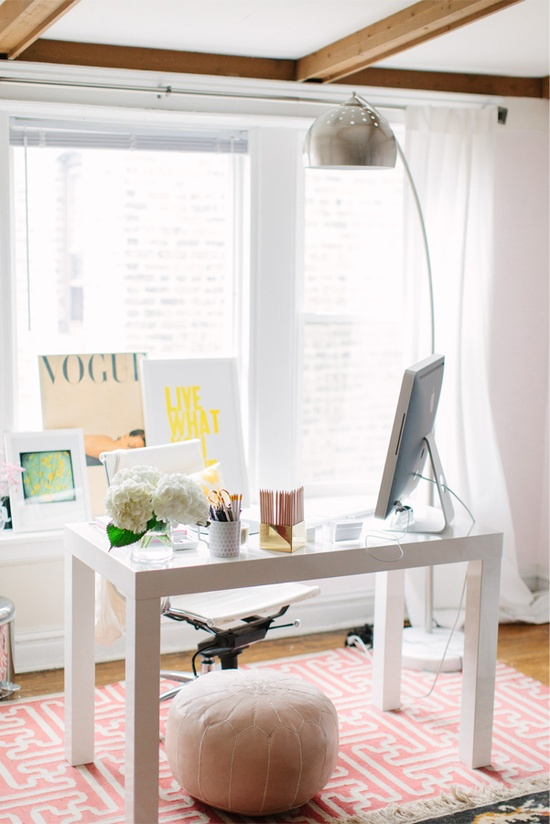 One Day When I Have My Own Home That Will Include A Office Beautiful Desk And Comfy Chair