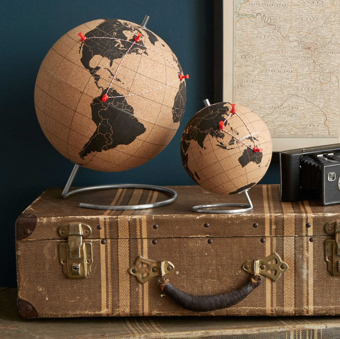15+ Of The Best Traveler Gift Ideas Besides Actual Plane Tickets - Cork Globe