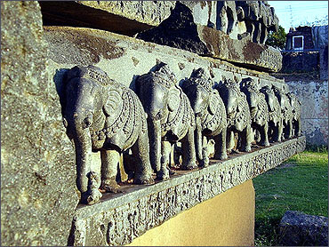 LESS KNOWN THINGS .BLOGSPOT.COM: Indias Top tourist places