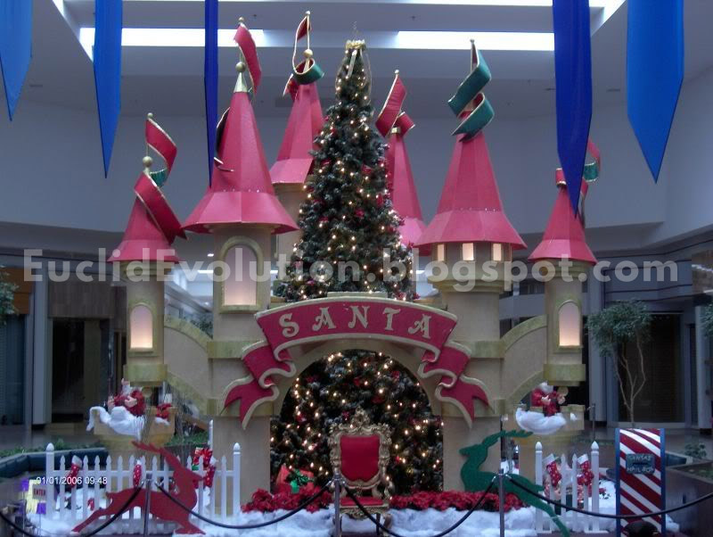 to quote the site its listed on this display used to be the center court christmas display at the old euclid square mall the christmas tree stands 25