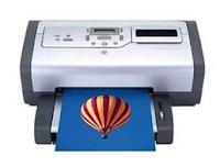 Pencetak ini menjanjikan imej yang berkualiti tinggi dan memudahkan gambar percetakan secara langsung dari pelbagai jenis kad memori. Ciri-ciri plug-and-play untuk komputer riba dan antara muka yang mesra pengguna memudahkan untuk belajar dan beroperasi