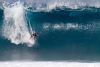 32 Kelly Slater 2017 Volcom Pipe Pro foto WSL Brenden Donahue