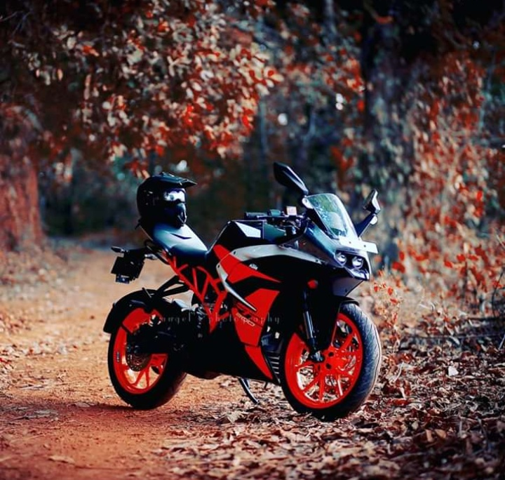 15 Hd Wallpapers Of Ktm Duke 200390 Duke And Rc 390 Rc