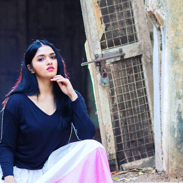 Sunaina Yella age, photos, wiki, biography
