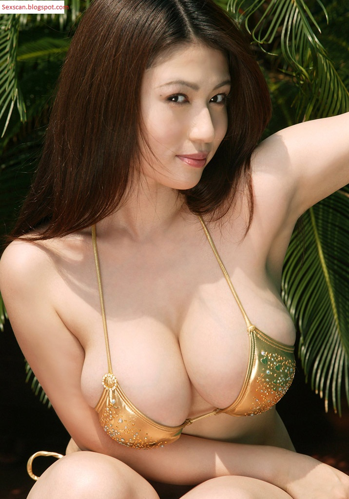Asian chicks with big tits