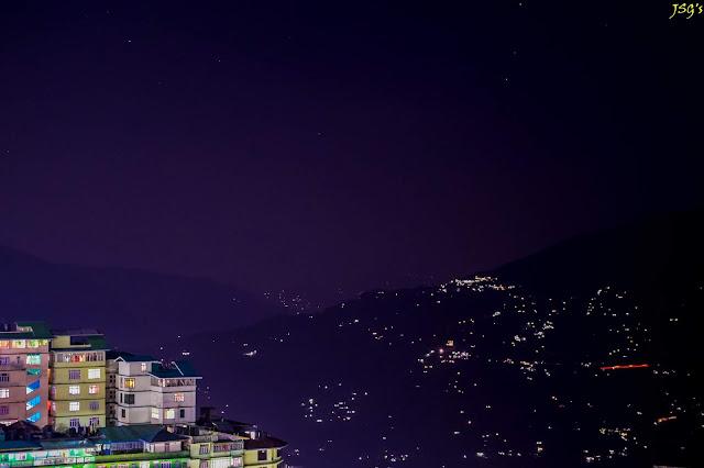 Gangtok Nightscape: Photo by Jayashree Sengupta @DoiBedouin