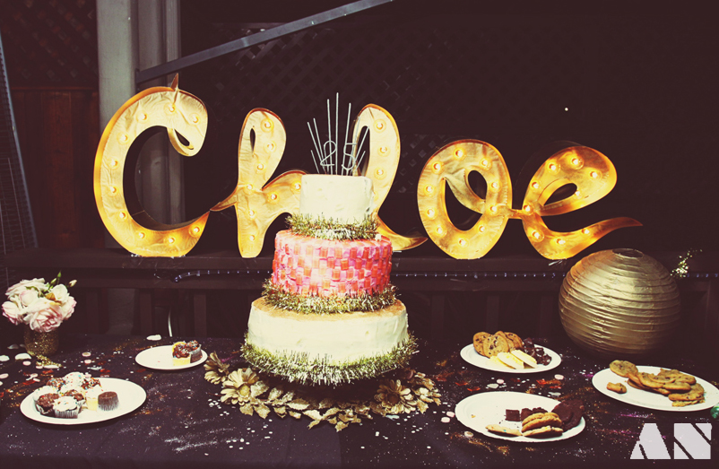 Chloe Moore Photography The Blog Glitterfest A Glittery Golden 25th Birthday Party