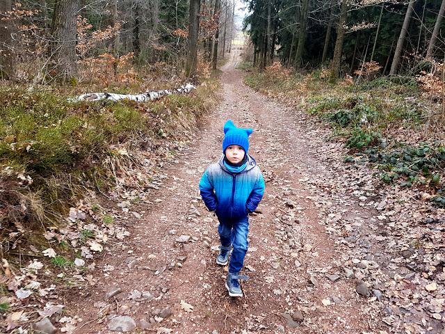 góry z dzieckiem - góry dla dzieci - Ostrzyca Proboszczowicka - Kraina Wygasłych Wulkanów - podróże z dzieckiem - Dolny Śląsk - Polska z dzieckiem - blog parentingowy - blog podróżniczy