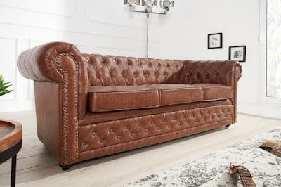 staro anglicky dizajn. Luxusne sedacky Chesterfield.
