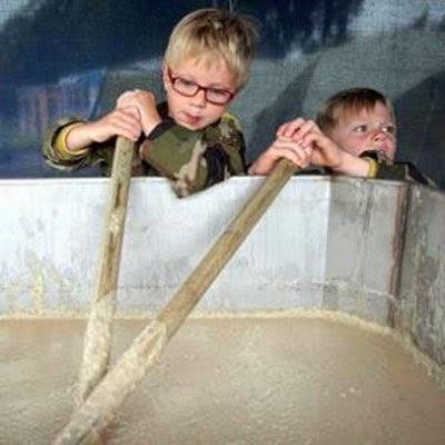Kỉ lục Guinness: Nồi cháo lớn nhất thế giới