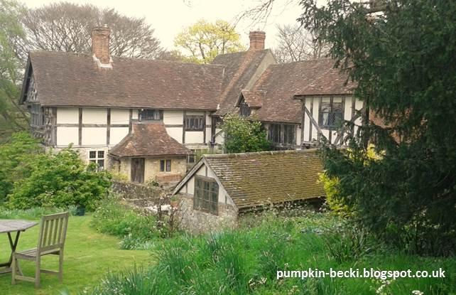 Stoneacre Wealden Hall House Garden