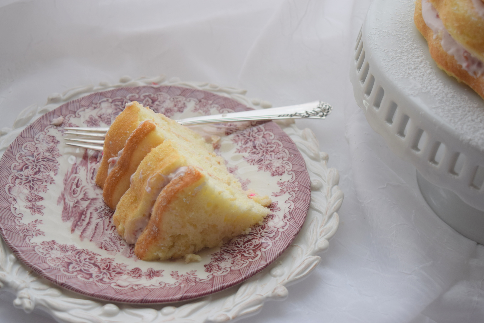 Red Couch Recipes Raspberry Cream Cake Perfect For