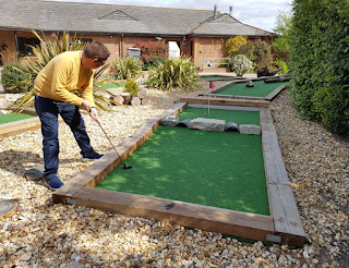 Crazy Putting Challenge at Hamptworth Golf Club