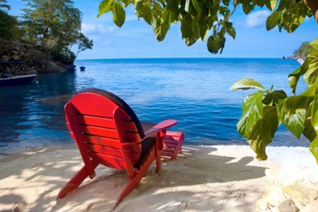 Imaginez vous assis confortablement à cet endroit paradisiaque et ressentez le bien être envahir votre corps.