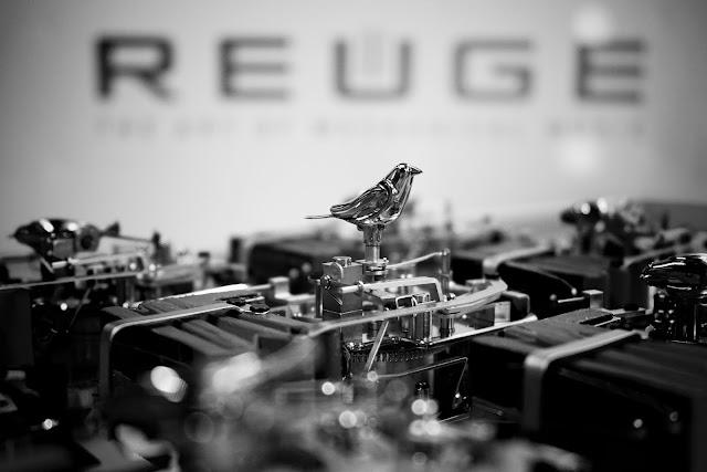 MB&F Kelys & Chirp pájaro