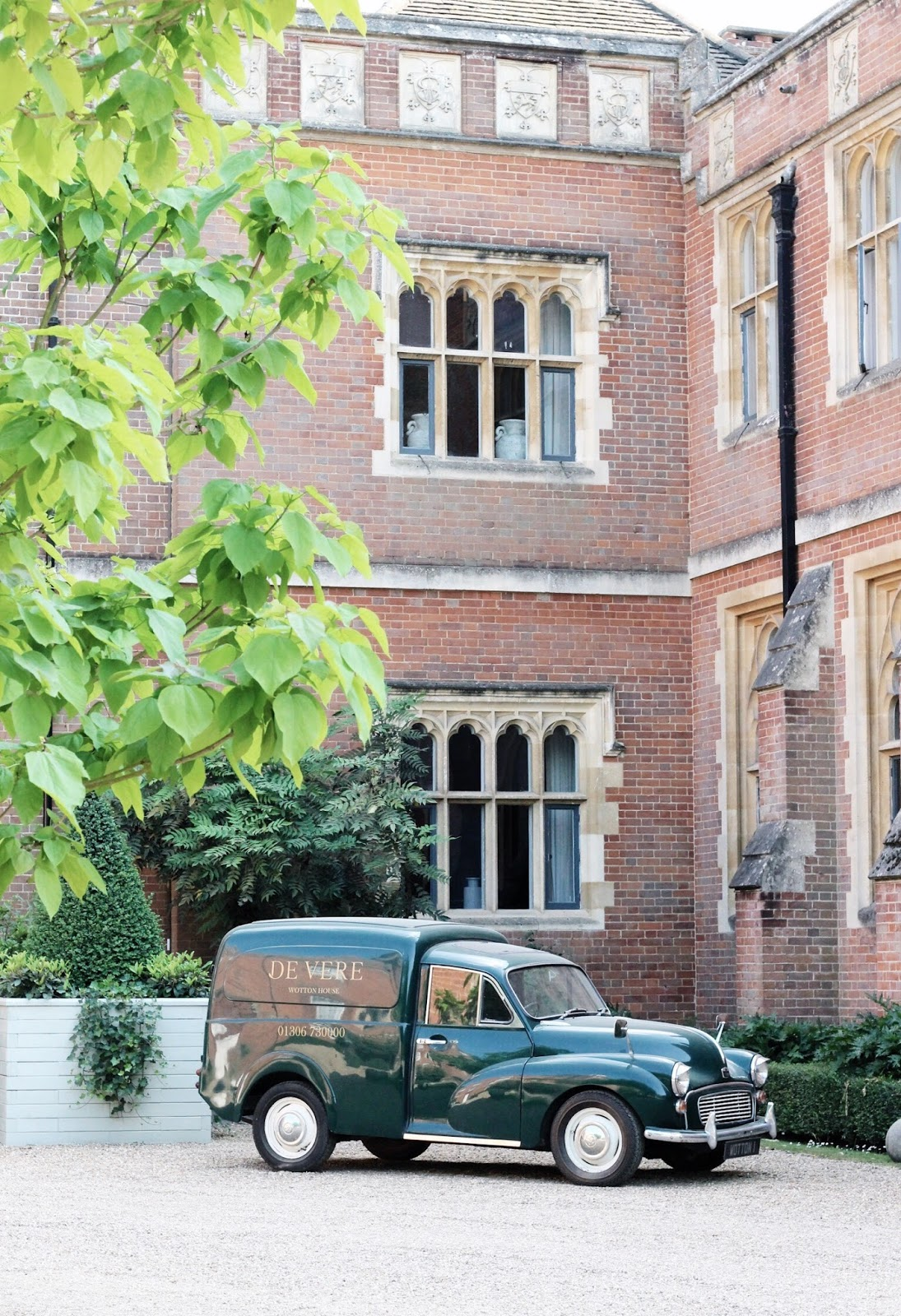 De Vere Wotton House Branded Green Car