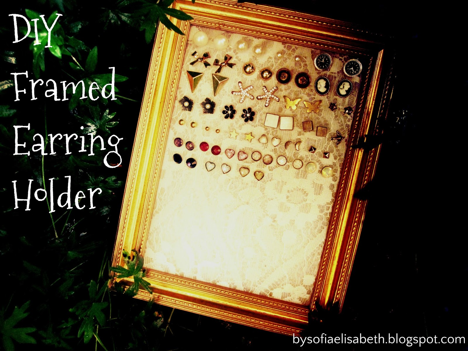 by sofia elisabeth: DIY Framed Earring Holder