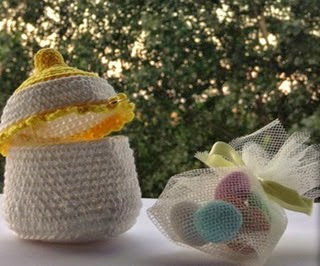 http://www.virohandmade.com/es/patr%C3%B3n/316/botella-biberonbaby-libre-amigurumi-pattern.html