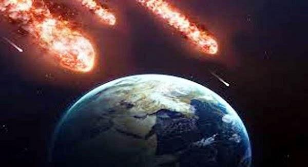 ADVERTENCIA: 2 asteroides se acercan a la tierra.