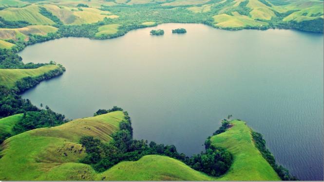 Danau Sentani di Jayapura: Ini 7 Fakta yang Belum Anda ketahui!