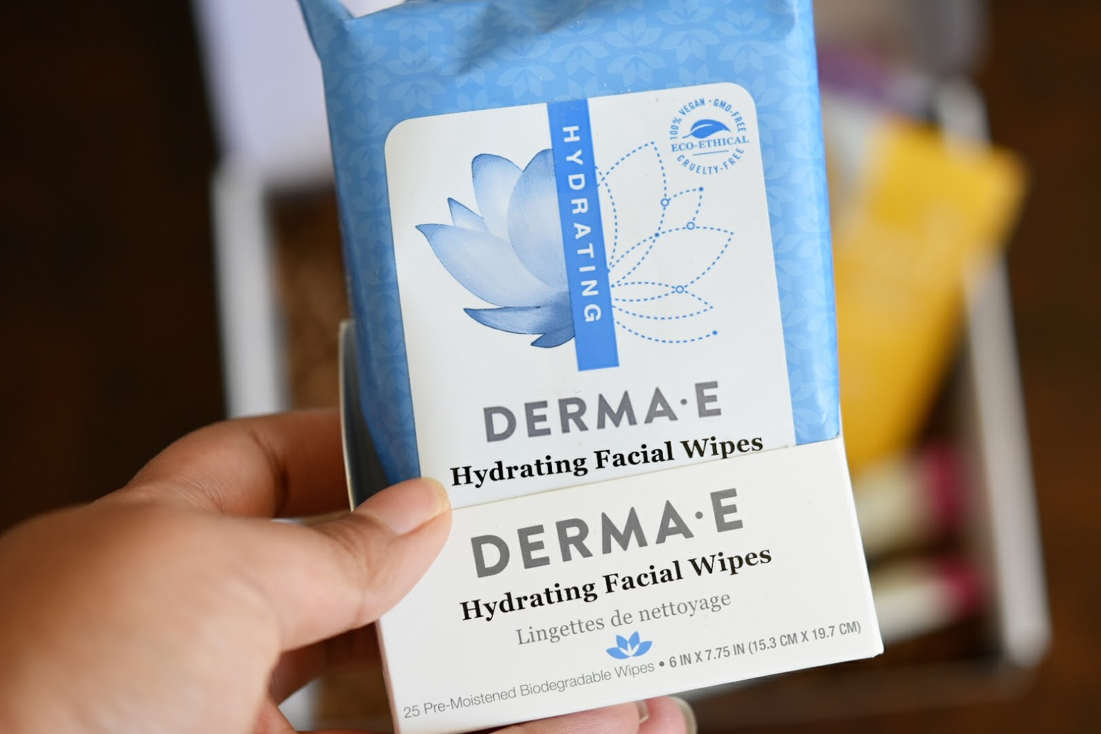 DERMA-E January 2018 Box Unboxing  via  www.productreviewmom.com