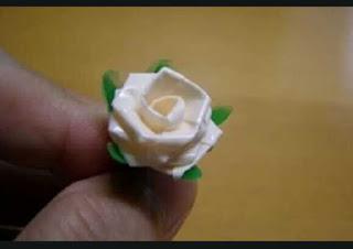 Cara Membuat Bunga Dari Sedotan Plastik Beserta Gambarnya