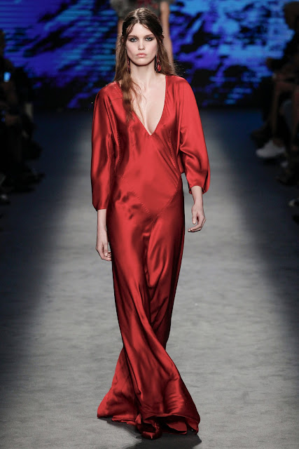 Alberta Ferretti Fall 2016 Milan Fashion Week  - Cool Chic Style Fashion