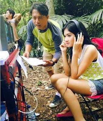 Foto Ochi Pitaloka di Lokasi Syuting 7 Manusia Harimau