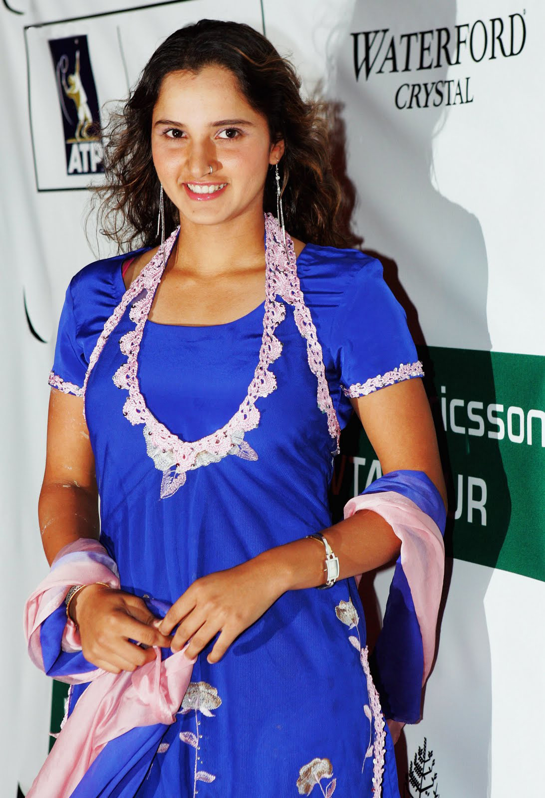 Sania Mirza Cute Wallpapers - Entertainment Only-6753