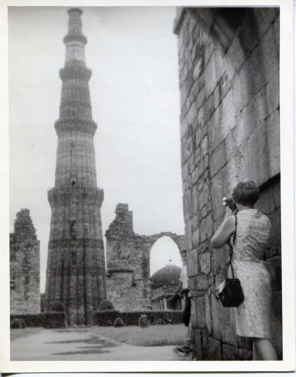 The minaret is believed to have been started in 1192 and measures 72 5 metres in height with 379 stairs in the first photo my mother is taking a cine film