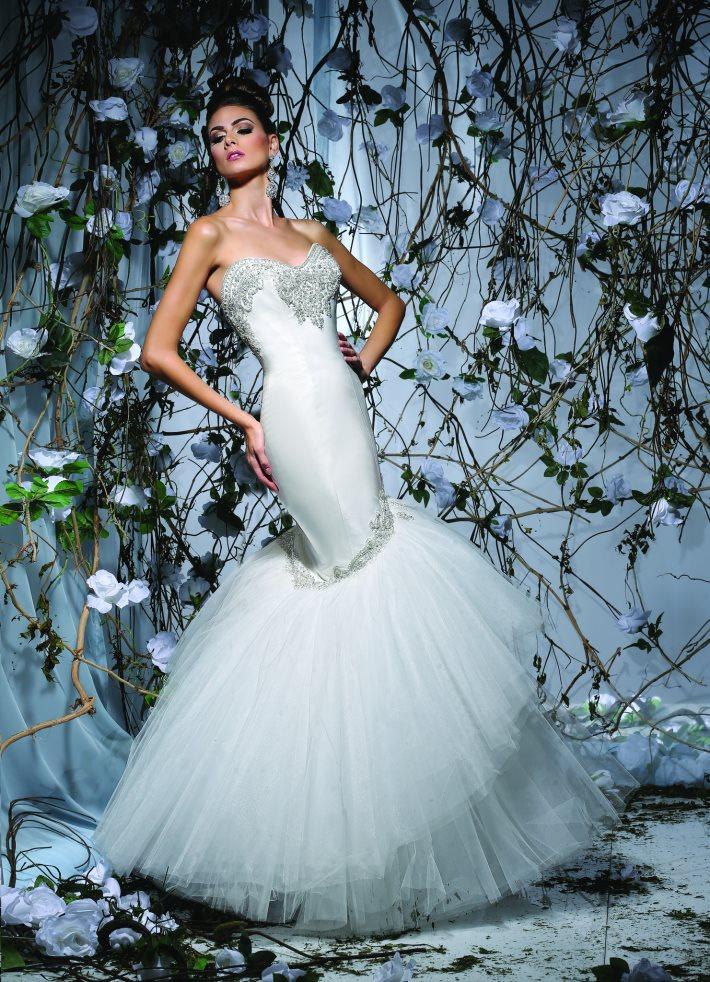 Image 5: Wedding Dress