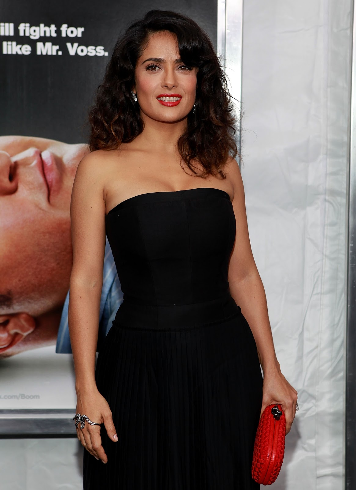 Salma Hayek Latest Hot Pics Here Comes The Boom Premiere -7581