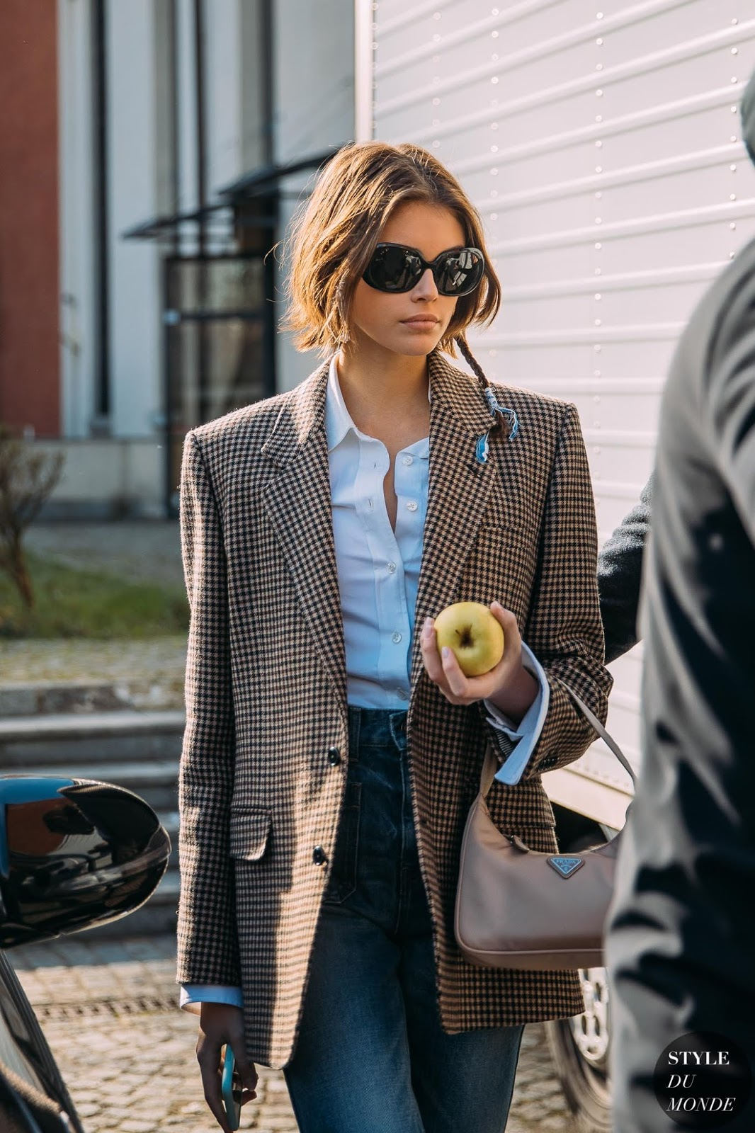 The Oversized Sunglasses We're Eyeing for Spring