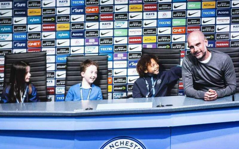 Realidad aumentada con Guardiola en el Tour por Etihad Stadium