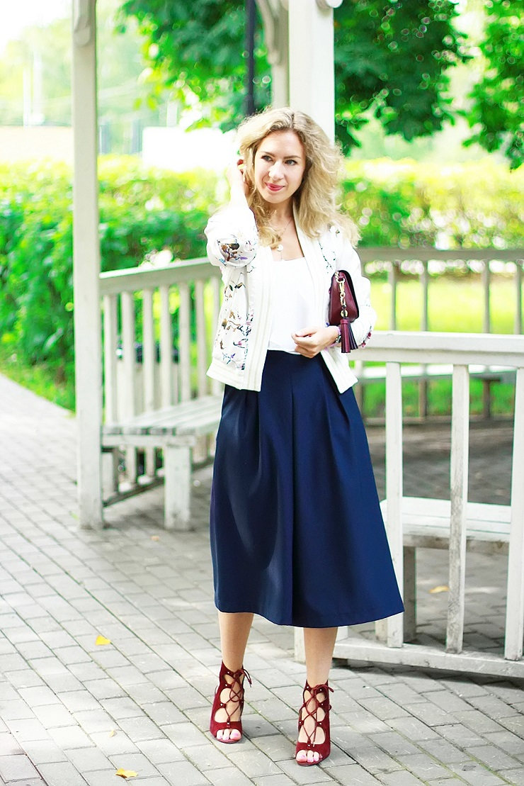 margarita_maslova_blue_culottes_floral_bomber