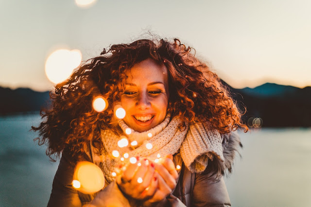 How to Live a Happy life: 7 Simple Secrets