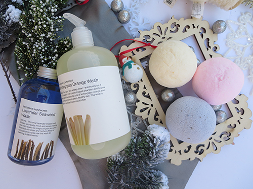 Deck the Halls with Saltspring Soapworks #Review #Giveaway #2016GiftGuide