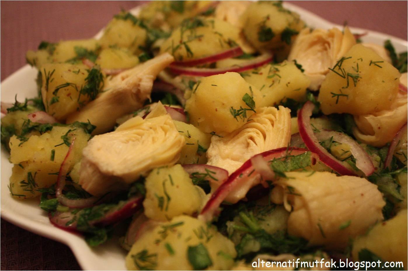 Enginar Salatası (patatesli)