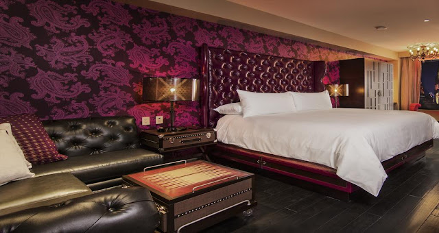 The Cromwell Hotel Las Vegas is the newest boutique hotel located at the heart of the Strip with enticing features at this exclusive destination hotspot.
