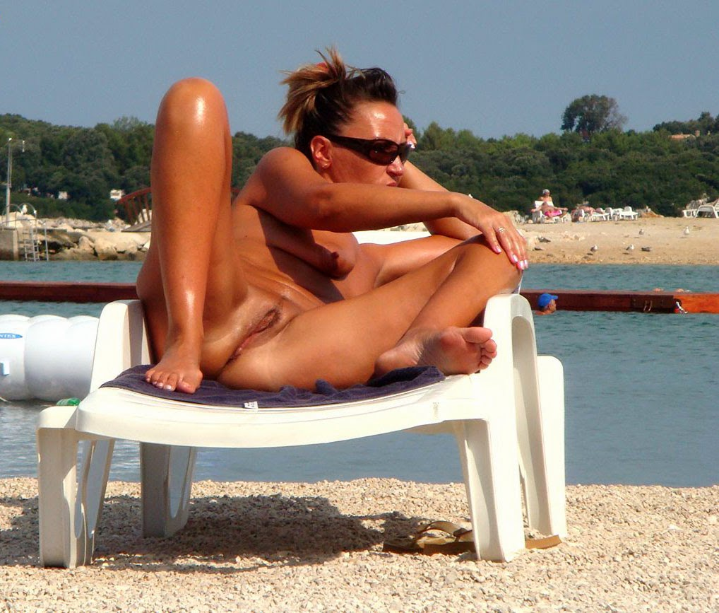 Pics sex girls croacia apologise, but