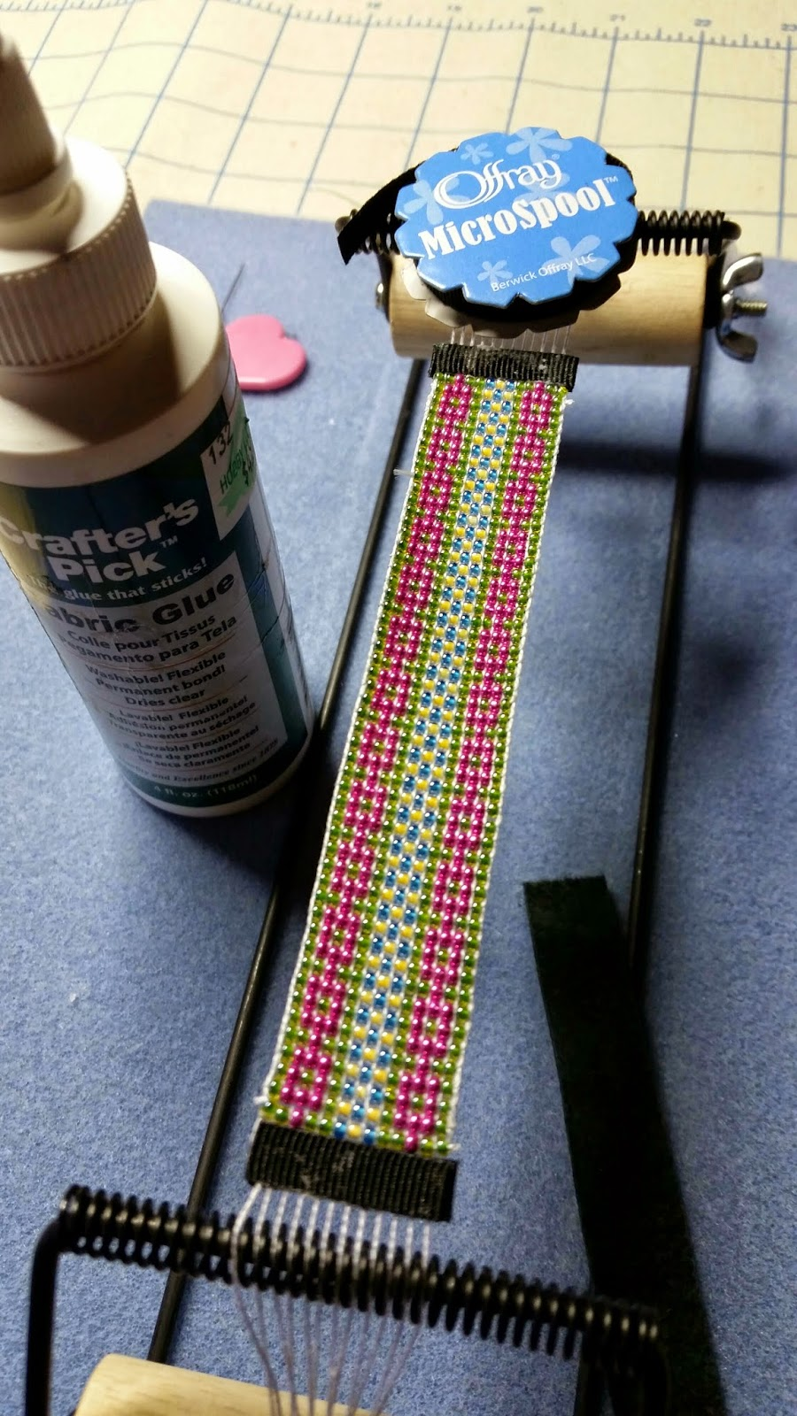 Easy way to finish a loom bracelet the beading gems journal the latest find is kristis tutorial over on what nots actually internet archived as the blog has been removed baditri Images