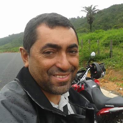 """Motociclista delmirense """"Adalto da Prestação"""", morre após colidir em um boi no município de Mata Grande"""