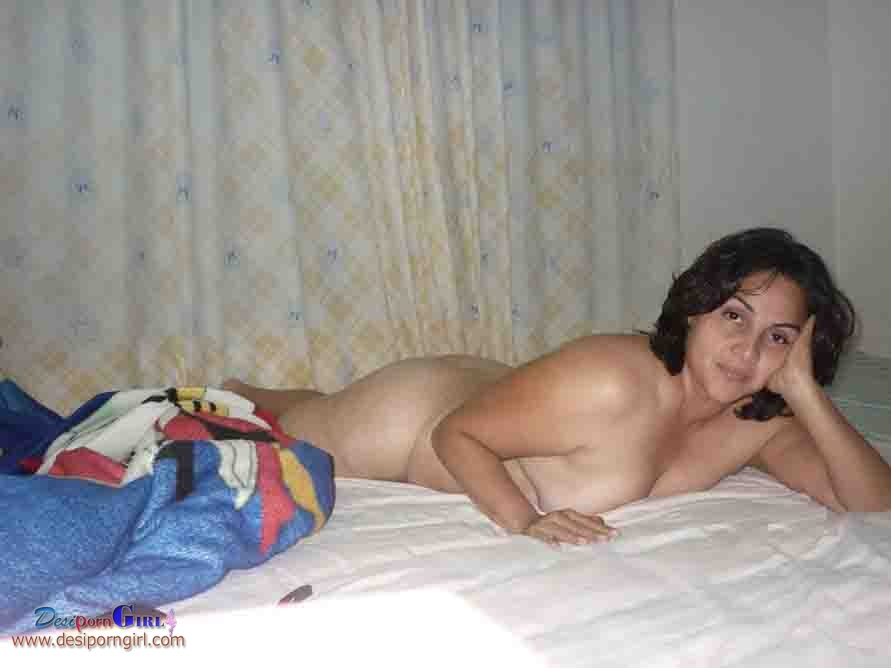 Desi girls nude in bed room reply)))